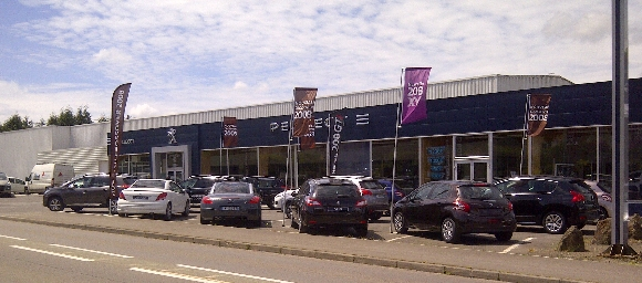 Bayi auto flers garage et concessionnaire peugeot st for Garage du coteau villeneuve saint georges