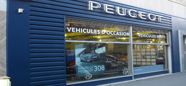Psa retail paris grenelle garage et concessionnaire for Garage volkswagen paris 15